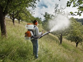 Mistblowers and sprayers